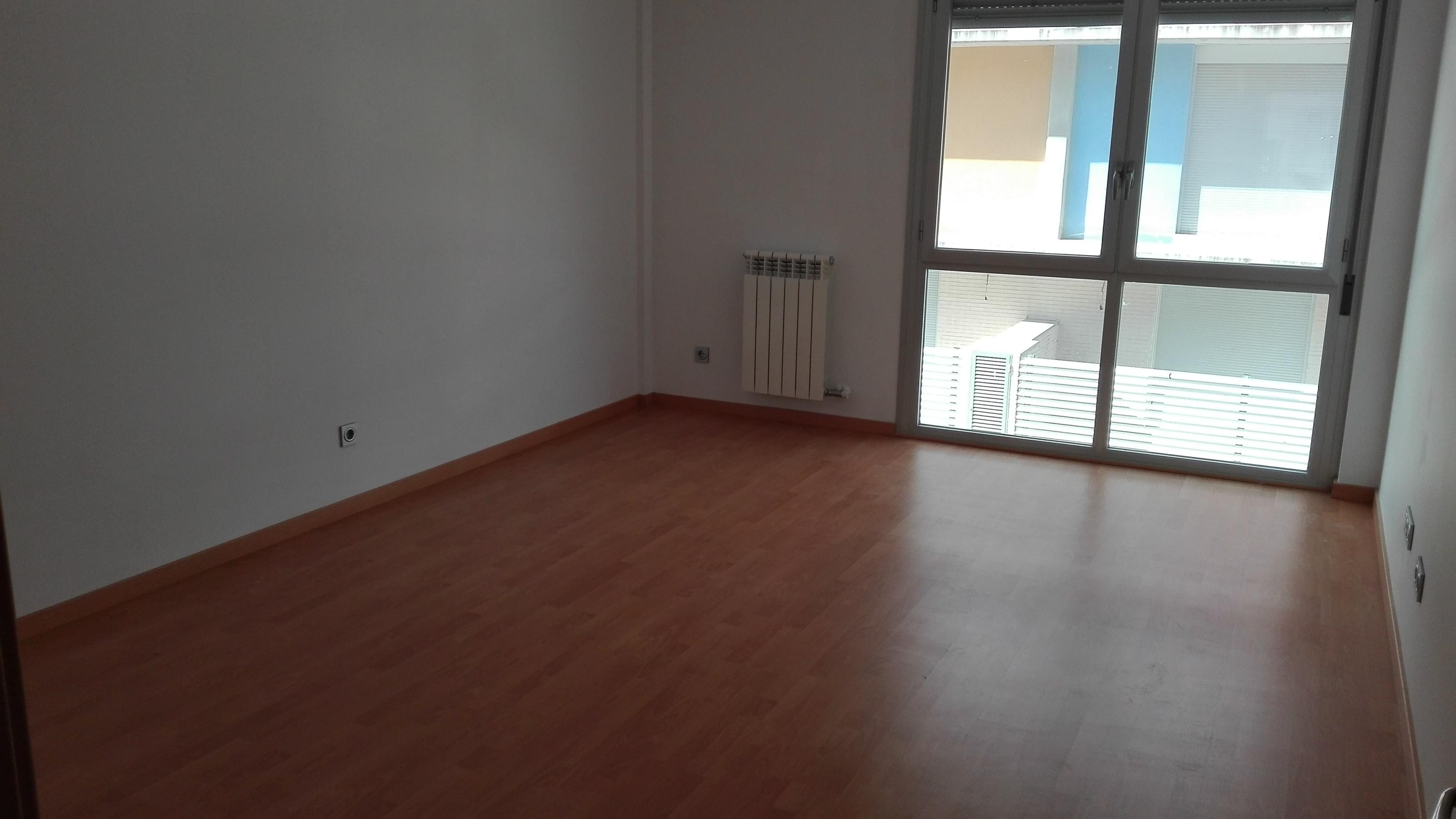 Apartamento en Cadrete (M76942) - foto4