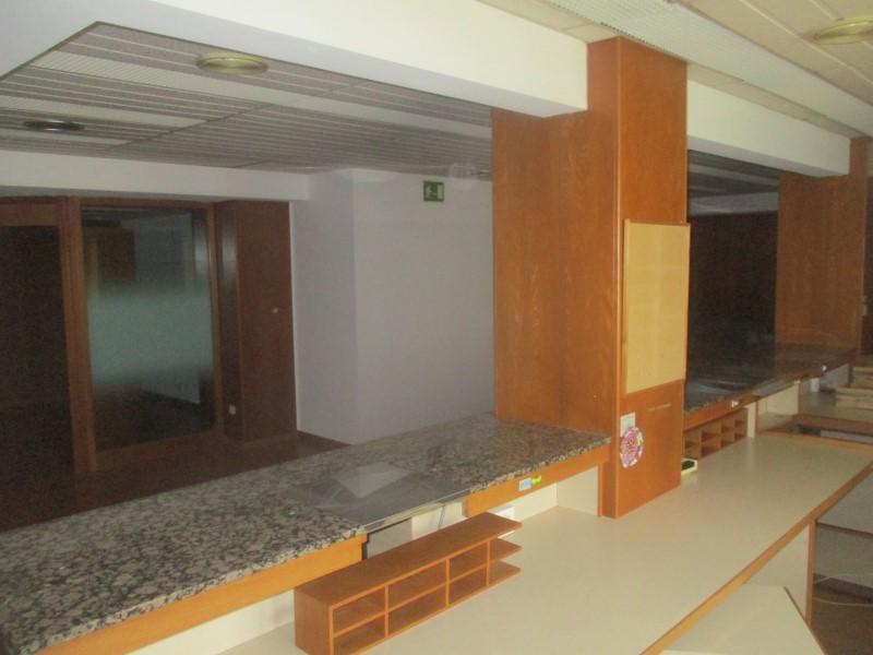 Locales en Hospitalet de Llobregat (El) (A2-75399-0001) - foto3