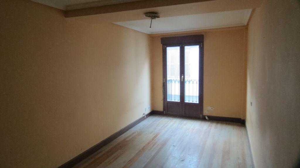 Apartamento en Elgoibar (00739-0001) - foto3