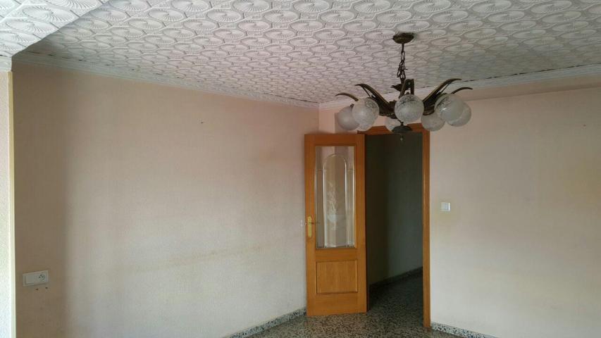 Piso en Alzira (75651-0001) - foto1