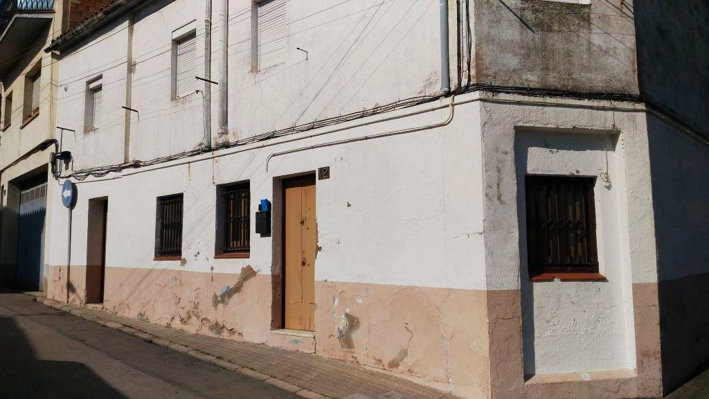 Casa en Tona (57873-0001) - foto0