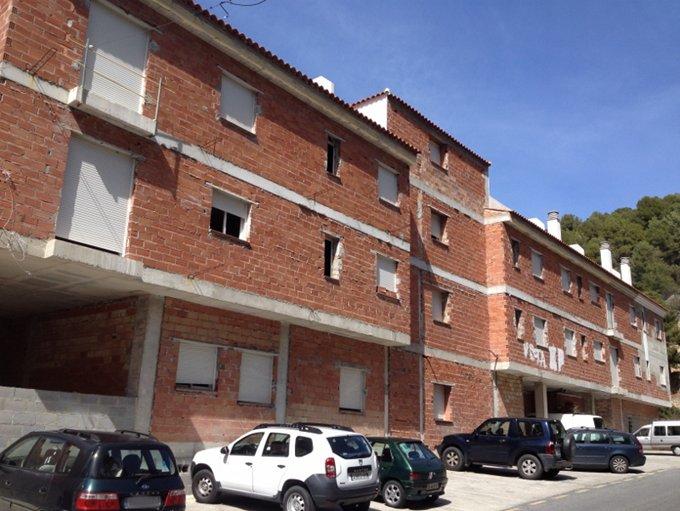 Edificio en Otívar (M81934) - foto0