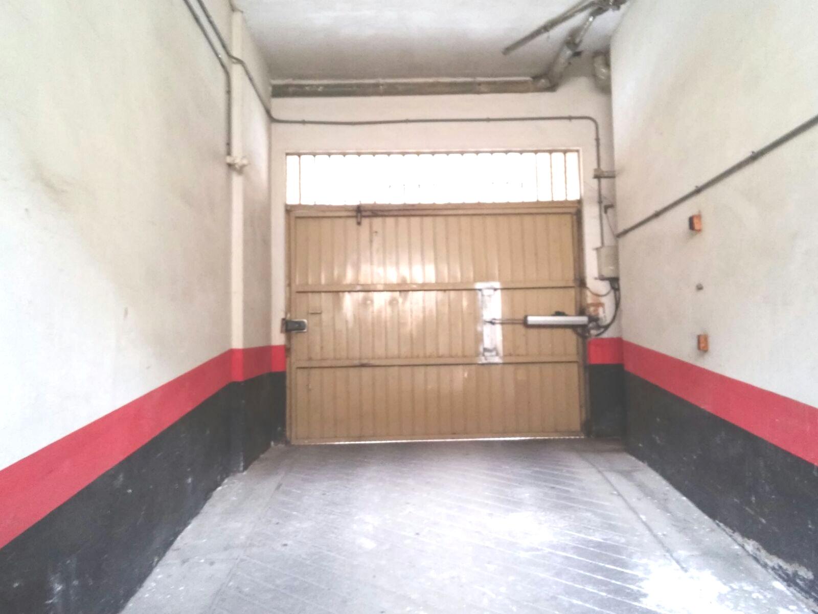Garaje en León (69042-0001) - foto1