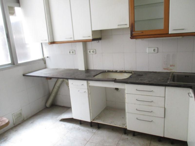 Piso en Girona (43725-0001) - foto3