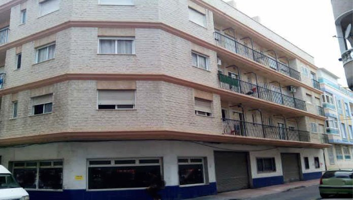 Apartamento en Torrevieja (92929-0001) - foto0