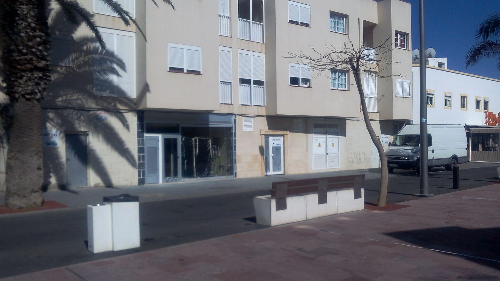 Locales en Oliva (La) (30886-0003) - foto0