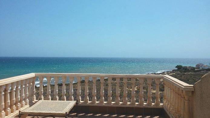 Chalet adosado en Playa de San Juan (Chalet adosado en Residencial Las Hadas) - foto1