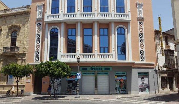 Edificio en Jerez de la Frontera (M82100) - foto1