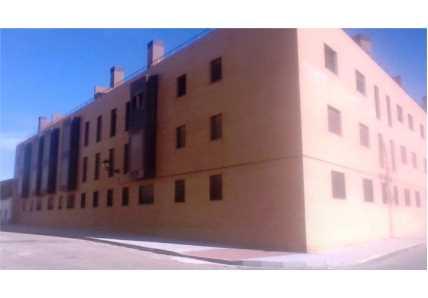 Edificio en Yuncler (M85624) - foto2