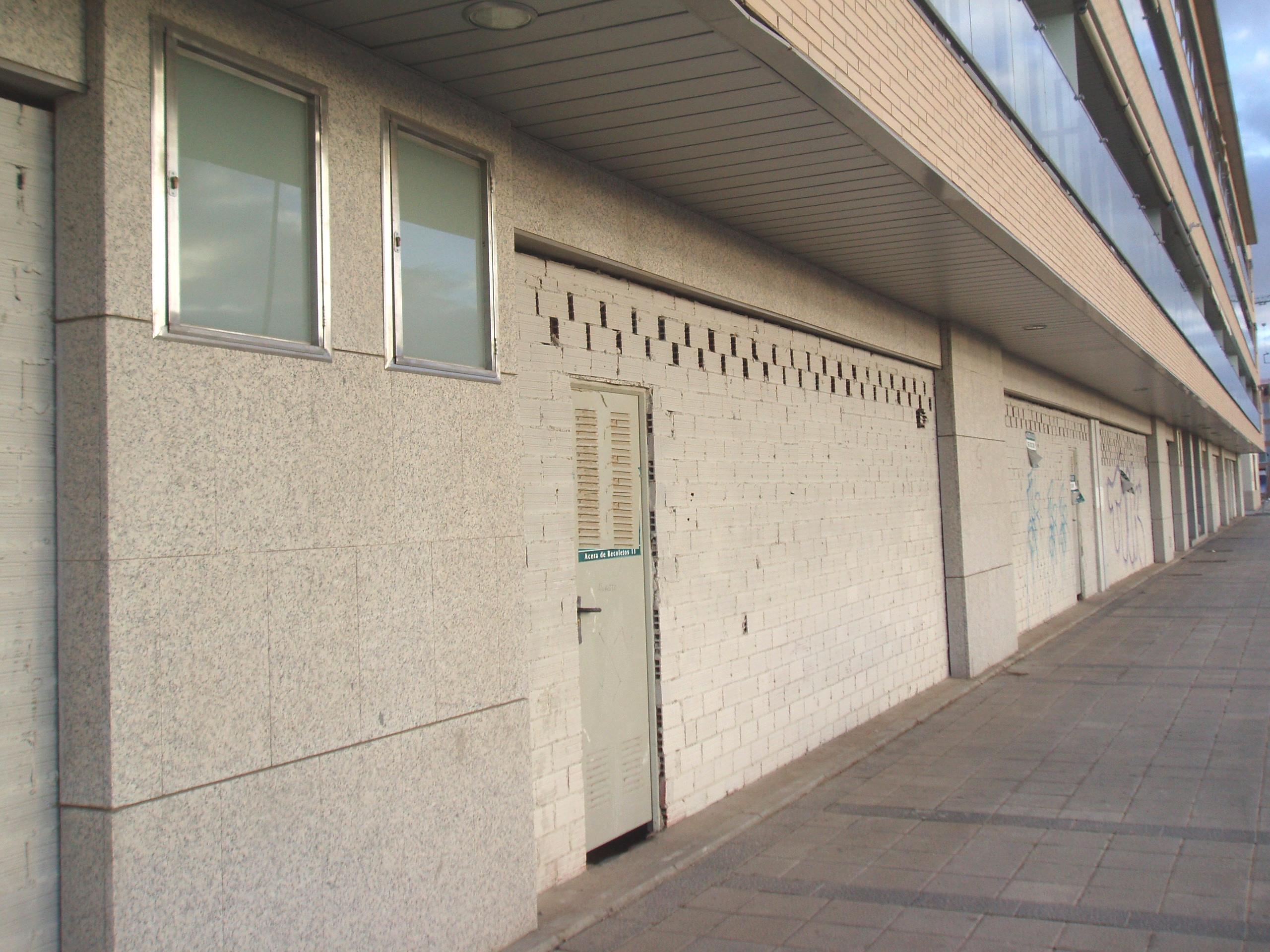 Locales en Valladolid (M66459) - foto9