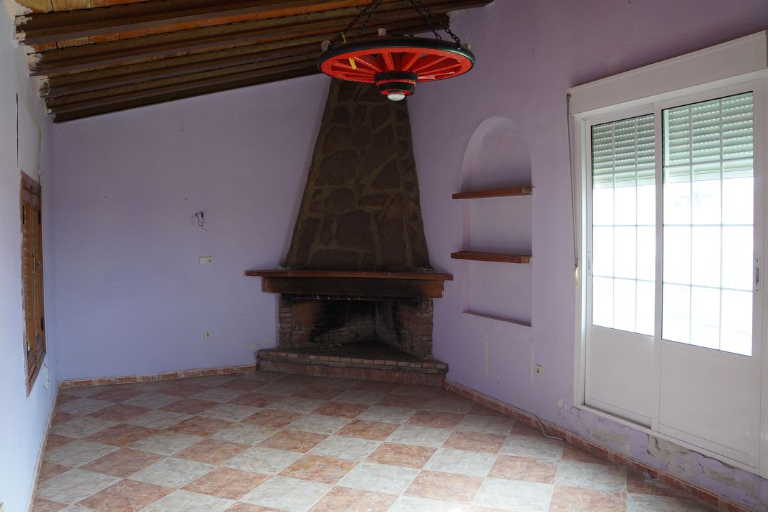 Chalet adosado en Horcajo de Santiago (43060-0001) - foto2