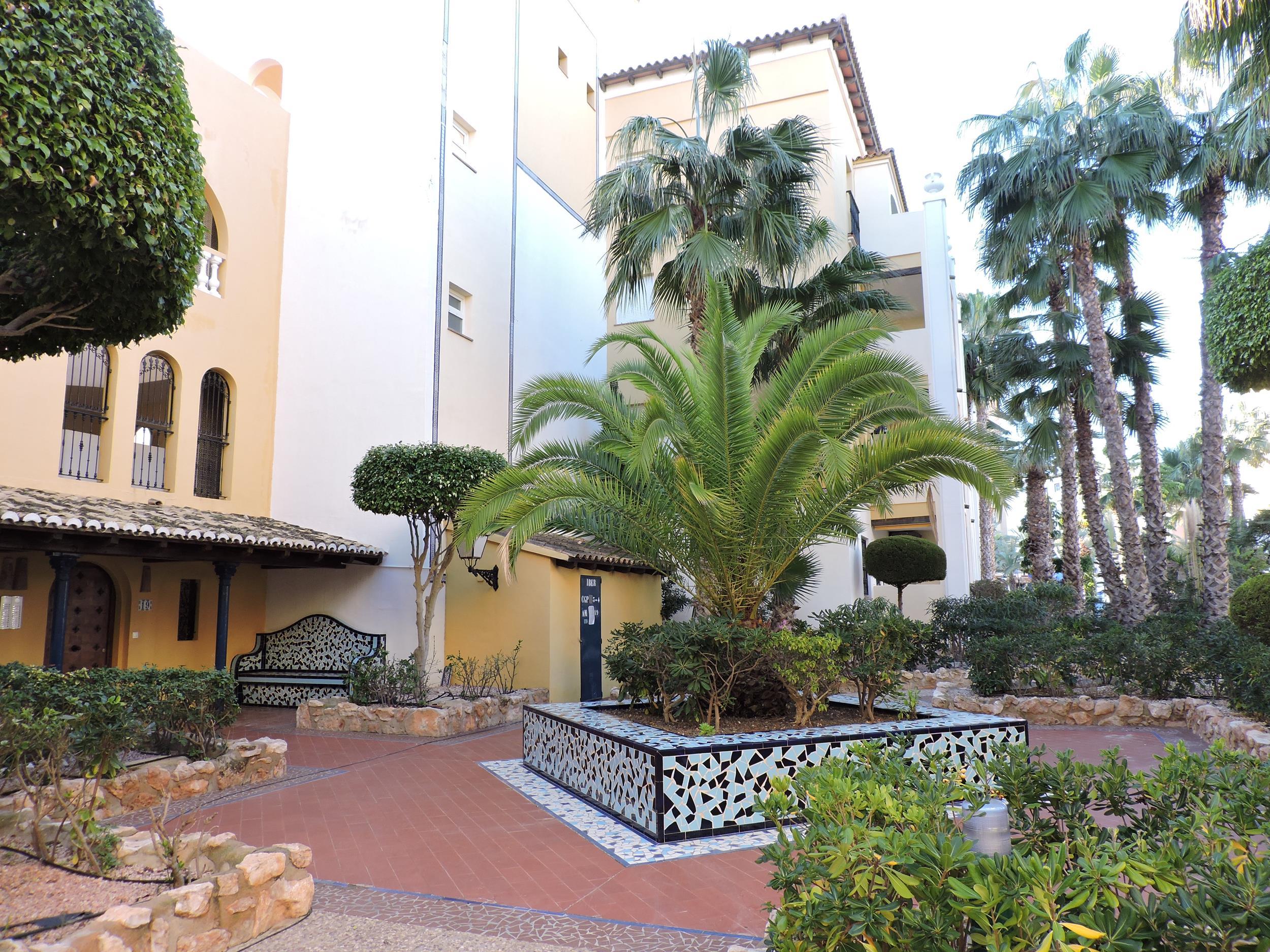 Piso en Torrevieja (Apartamento en Torrevieja-Urb Aldea del Mar) - foto0