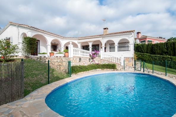 Casa en Marbella (Urbanización Las Cumbres) - foto0