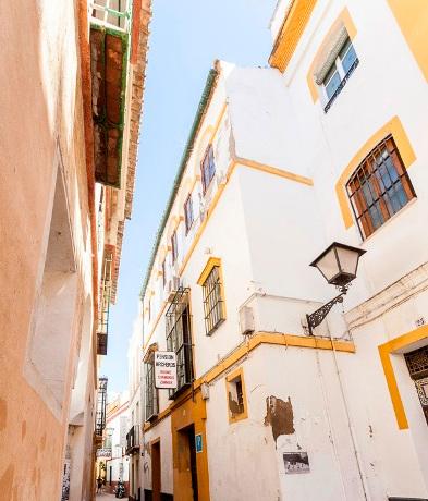 Hotel en Sevilla (Edificio en el Casco Antiguo ) - foto1