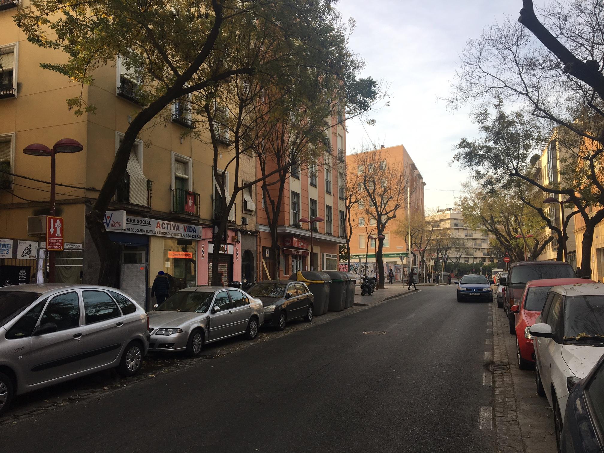 Piso en Sevilla (Avda. Miraflores) - foto3