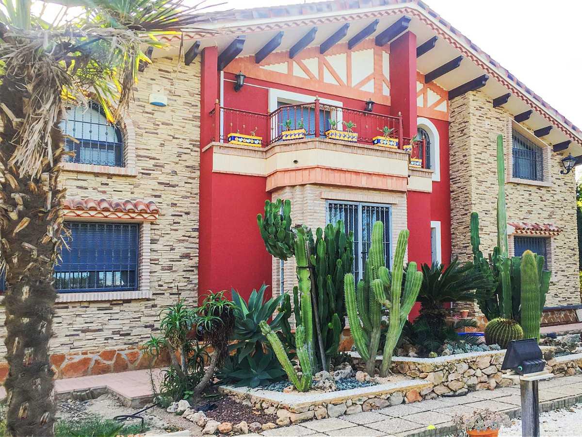Solvia Inmobiliaria Casas Pisos Locales En Venta O Alquiler  # Muebles Bigastro