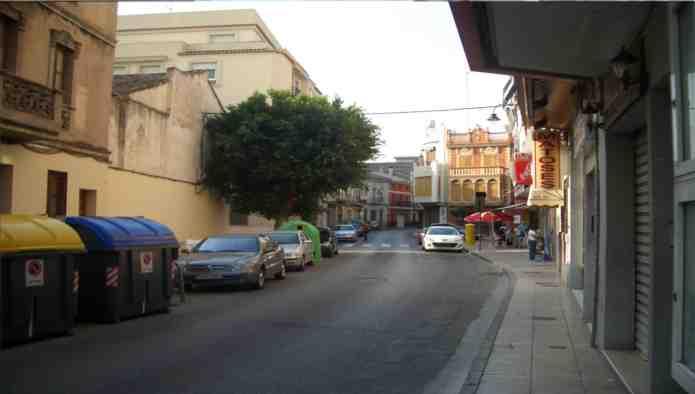 Locales en Alzira (M37652) - foto2