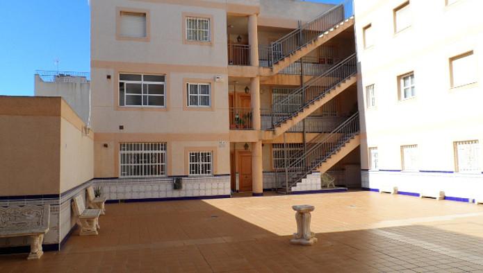 Apartamento en Roquetas de Mar (52283-0001) - foto1