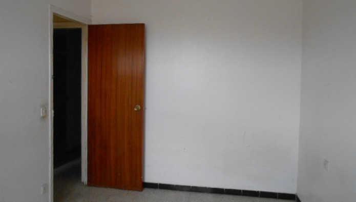 Apartamento en Banyoles (25067-0001) - foto2