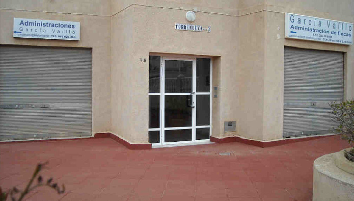 Locales en Torrevieja (21935-0001) - foto1