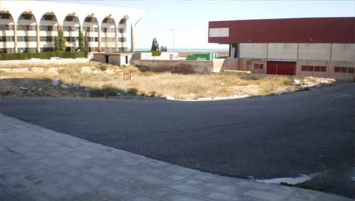 Solares en Alicante/Alacant (Pol. Industrial Agua Amarga) - foto0