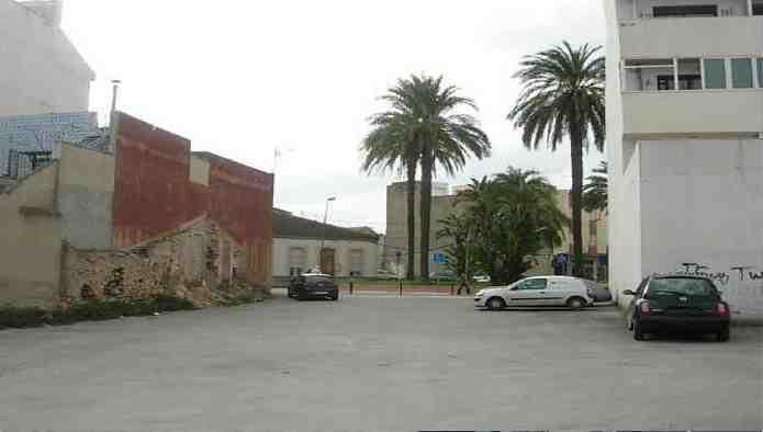 Solares en Torre-Pacheco (Plaza Calvo Sotelo) - foto1
