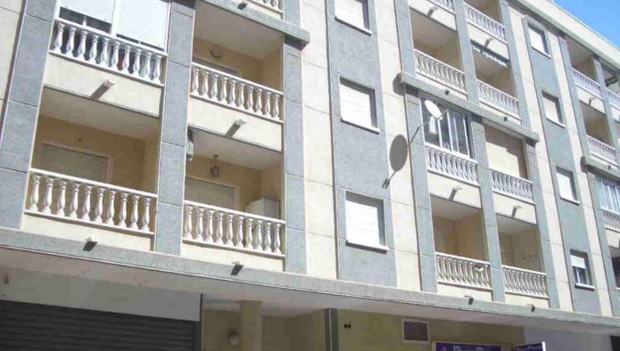 Apartamento en Torrevieja (17534-0001) - foto0